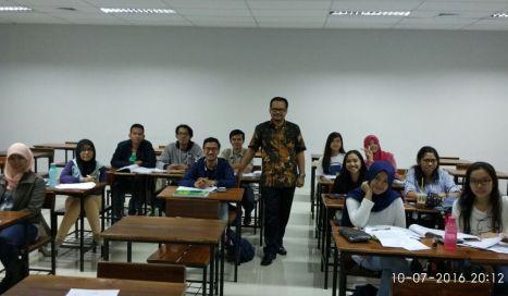Suasana Kelas Pembekalan Materi Perpajakan Bagi Para Profesional Muda Generasi Bangsa Taat Pajak (Angkatan 217 – TSM Bekasi)