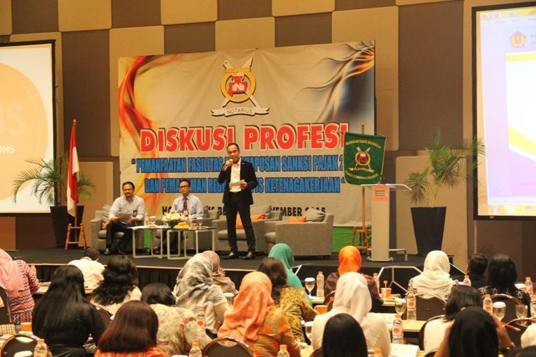 Menjadi Narasumber Dalam Acara Diskusi Profesi Diantaranya Terkait Fasilitas Perpajakan, Jenis barang dan PPh Atas Barang Mewah Serta