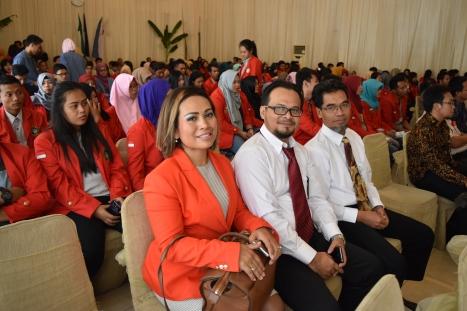 Menjadi narasumber dalam acara sosialisasi perpajakan di Kampus Universitas 17 Agustus 1945 Cirebon (21 April 2016)